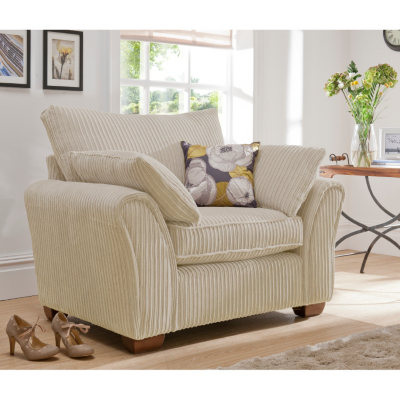 Moorgate Love Seat in Ivory Ivory
