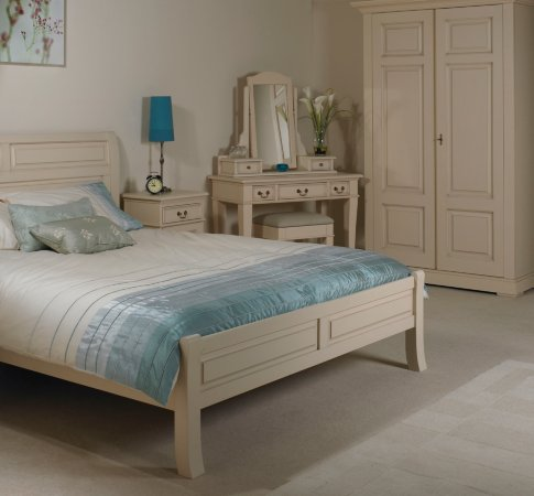 Marple Bedroom Range