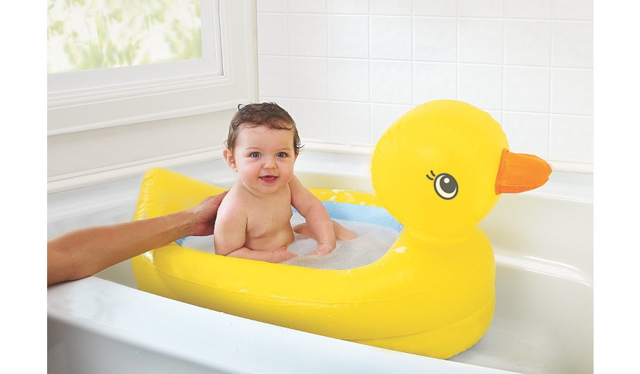 munchkin hot safety duck bath baby george at asda. Black Bedroom Furniture Sets. Home Design Ideas