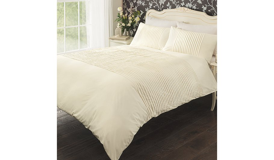 luxury by george home pintuck duvet set cream king. Black Bedroom Furniture Sets. Home Design Ideas