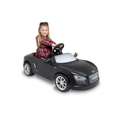 exclusive toys audi r8 electric powered car 676471. Black Bedroom Furniture Sets. Home Design Ideas