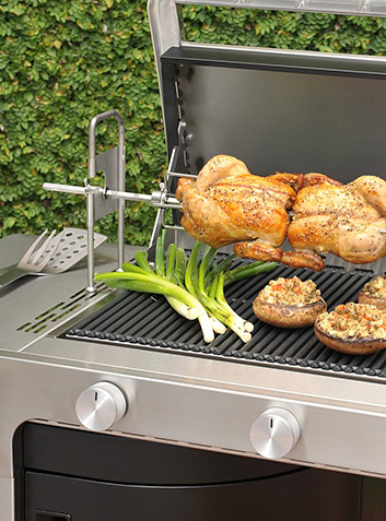 Enjoy outdoor dining with friends and family and explore our BBQ range at George.com