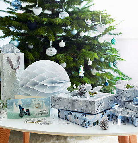 Browse gorgeous home accessories and find the perfect gift at George.com
