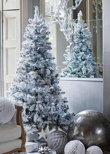 discover your christmas colour scheme. Black Bedroom Furniture Sets. Home Design Ideas