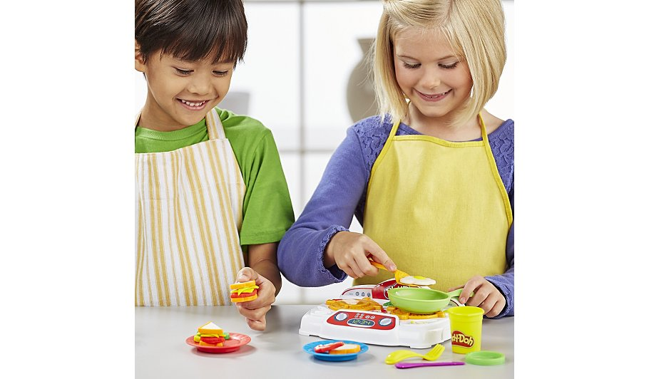 play doh kitchen creations sizzlin 39 stovetop kids. Black Bedroom Furniture Sets. Home Design Ideas
