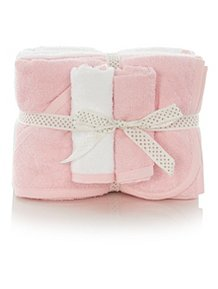 Pink Towels and Flannel Set