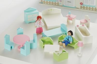 Wooden Dolls House Furniture Set