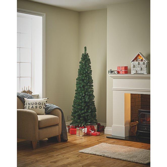 Slim Christmas Tree.6ft Green Slim Christmas Tree