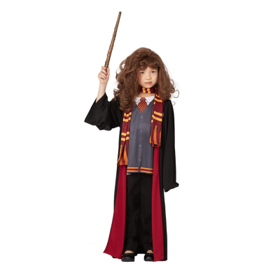 Young girl wearing a Hermione Granger halloween costume