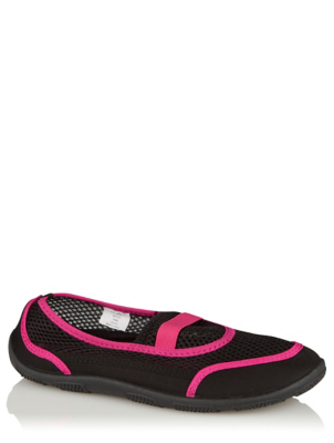 Black and Pink Mesh Water Shoes