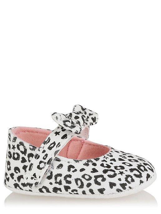 35df4e87140f White Leopard Print Pop On Shoes