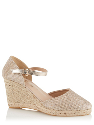 Gold Shimmering Wedge Heel Sandals