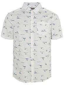 1f54a221ab0 White Sail Boat Print Short Sleeve Shirt