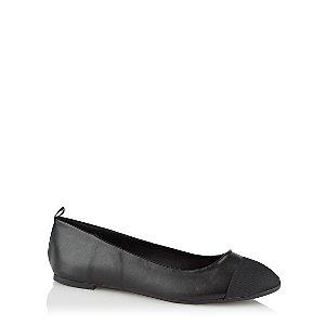 Black Faux-Leather Textured Toe Ballet Shoes