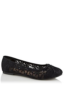 920385fec7f Black Floral Embroidered Ballet Shoes