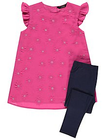 4c564038a1c2d Pink Floral Corsage Tunic and Leggings Outfit