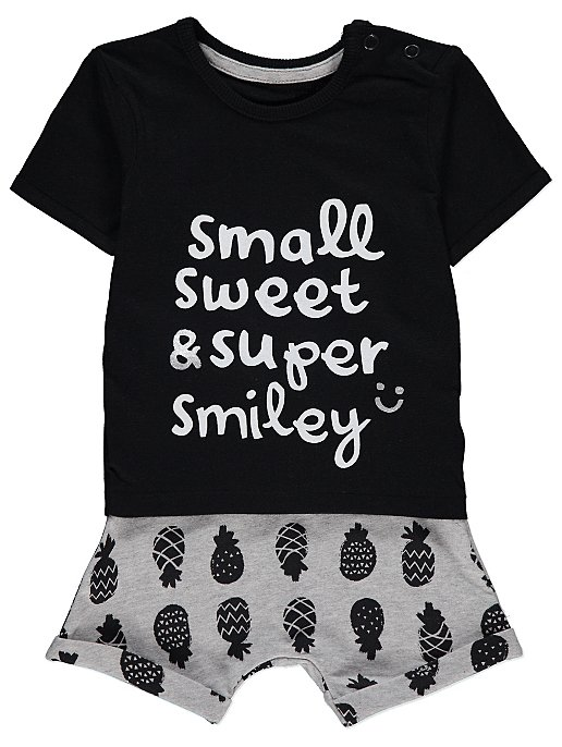 c2192594534 Slogan T-Shirt and Printed Shorts Outfit. Reset