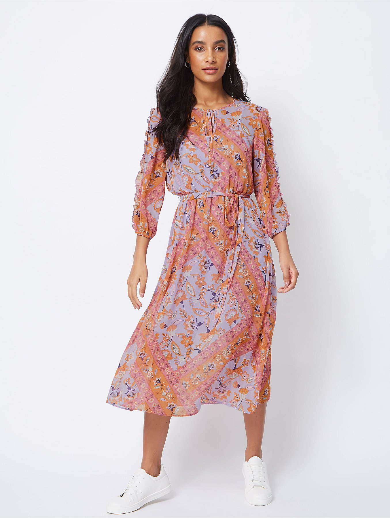 bafae7a96 Long Sleeve Floral Printed Elastic Waist Midi Dress With Lining | Saddha