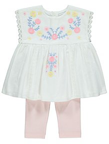 b5f36cac998f5 White Embroidered Floral Top and Leggings Outfit