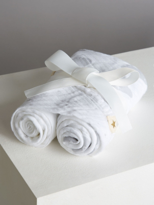 Billie Faiers White Muslin Squares 2 Pack