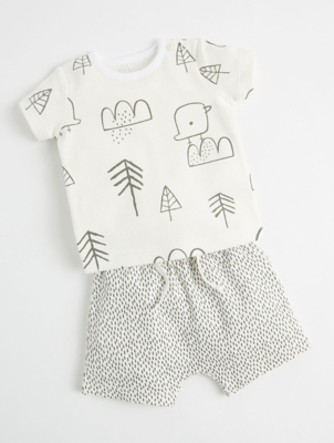 Mac & Moon White Bird Top and Dash Shorts Outfit