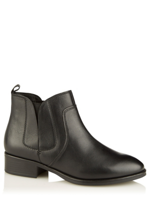 Wide Fit Black Leather Elasticated Panel Chelsea Boots