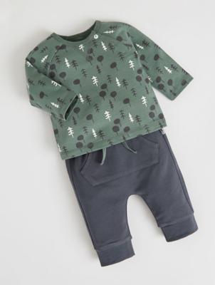 Mac & Moon Khaki Sweatshirt and Joggers Outfit