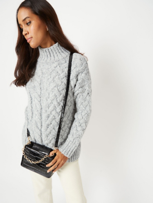 Grey Chunky Knit Over Sized Jumper