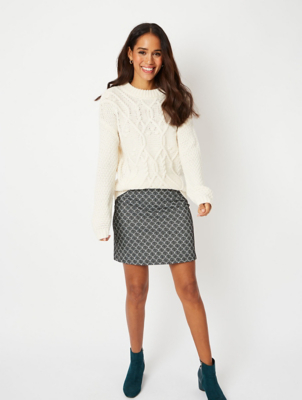 Shell Pattern Jacquard Mini Skirt