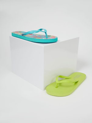 Green Tropical Print Flip Flops 2 Pack