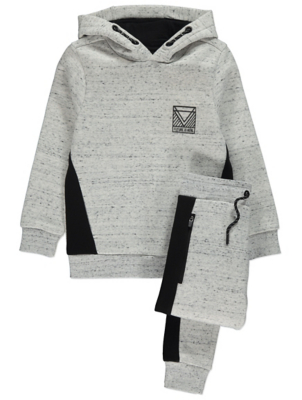 Light Grey Speckled Hoodie and Joggers Outfit