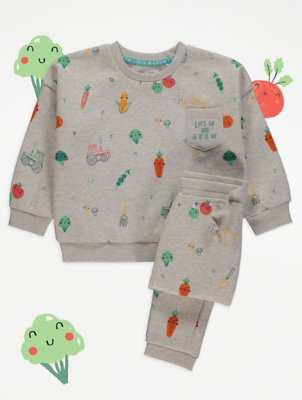 Royal Horticultural Society Sweatshirt and Joggers Outfit