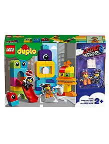 a6fe97e68333 LEGO DUPLO The LEGO Movie 2 - 10895 - Emmet and Lucy s Visitors from the  DUPLO