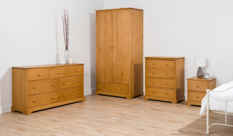 George Home Gilmore Bedroom Furniture Range - Oak Effect