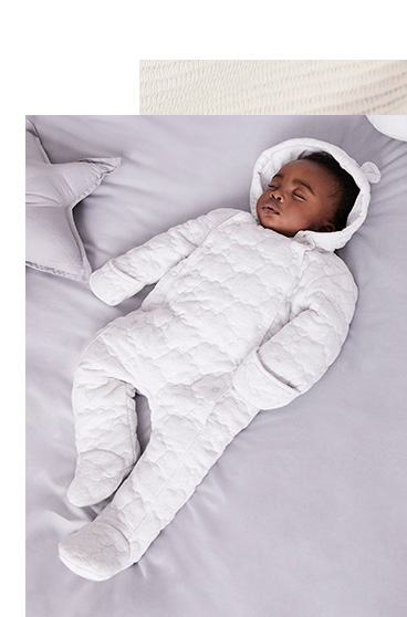 Watch them doze off in this incredibly cosy hooded sleepsuit