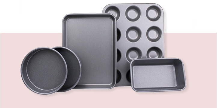 Take your baking up a notch with the latest baking equipment to get your bake on! Life & Style makes sure you have everything you need in your kitchen to recreate a slice of the baking action.
