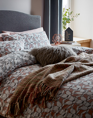 If you love a seasonal theme in your home, Life & Style have picked four ways you can make your bedroom look like a relaxing retreat with our stylish range of bedding, duvet sets and more.