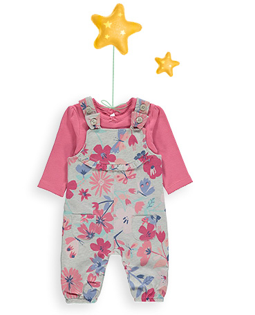 Dress your little one in a sweet dungaree outfit