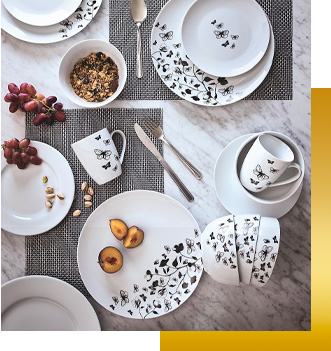 Christmas dinner looks even better with our festive tableware