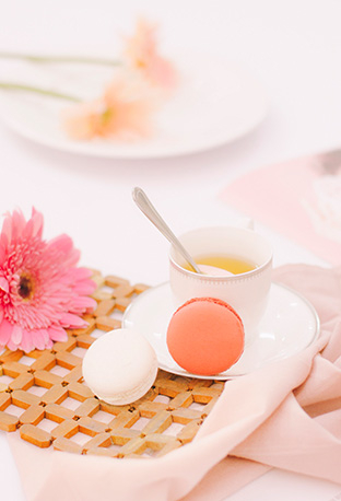 f you're wondering how to plan the perfect hen party, look no further. Life & Style's step-by-step guide makes sure the bride-to-be gets the send-off she deserves.