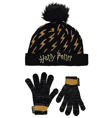 Potterheads will love this lightning bolt hat and shimmering gloves set