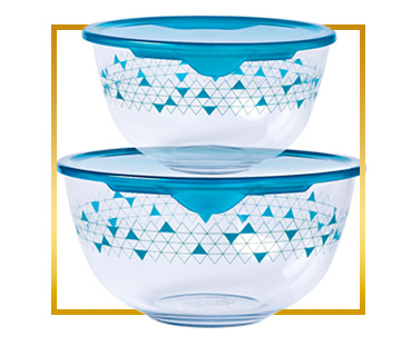 Keep food fresh in our microwave friendly Pyrex storage containers