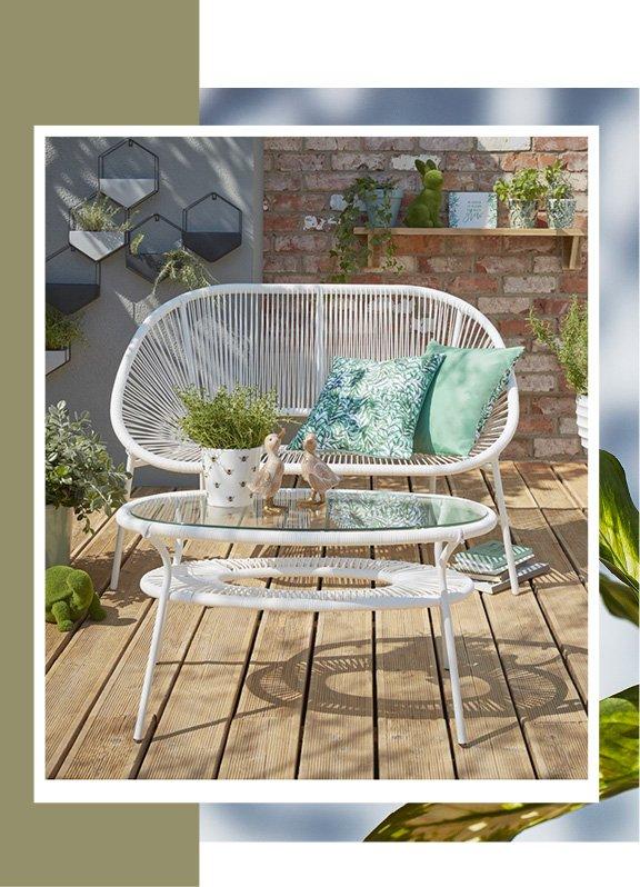 White Camden outdoor sofa 2 piece set