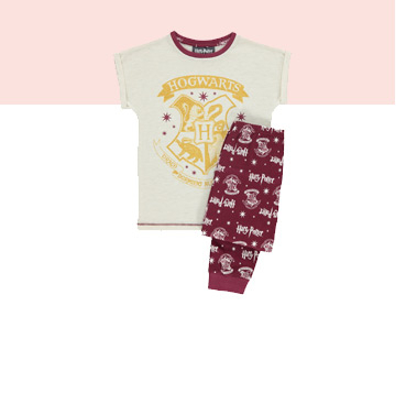 Kit little wizards out in our range of Harry Potter pyjamas for girls