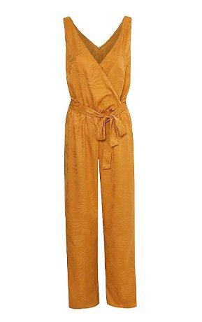 Sleeveless orange jumpsuit with tie waist