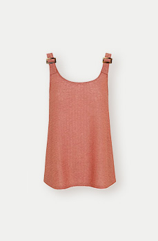 This soft pink vest top features buckles on the strap and a scoop neck