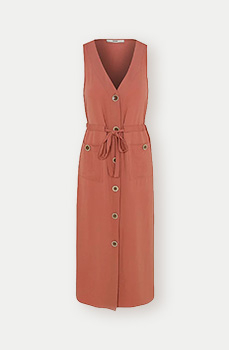 Smarten up your everyday look with a shirt-style utility dress in dusty pink