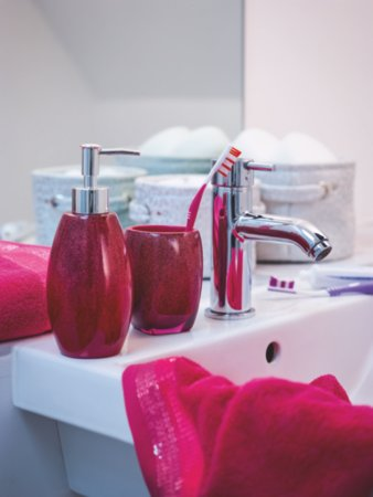 Pink Bling Bathroom Range