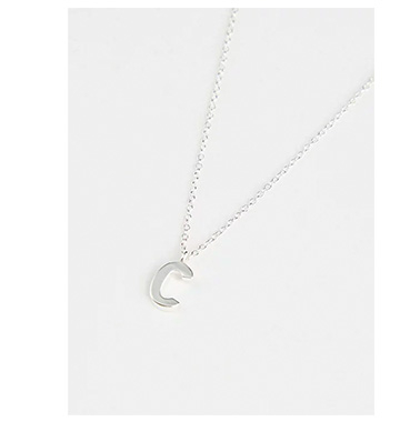 Made from sterling silver, our initial necklaces are finished with a simple lobster clasp and chain fastening