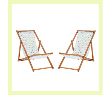 These two Lemon Soul deckchairs are ideal for sunbathing or enjoying a balmy summer afternoon